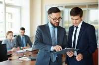 Feedback și asertivitate - comunicarea eficientă în context profesional